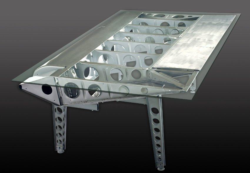 Une Table Partir Dune Aile Davion Recycle Design
