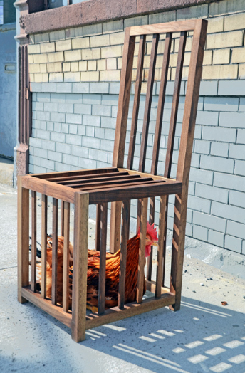 chicken chair Une chaise en cage  poules 