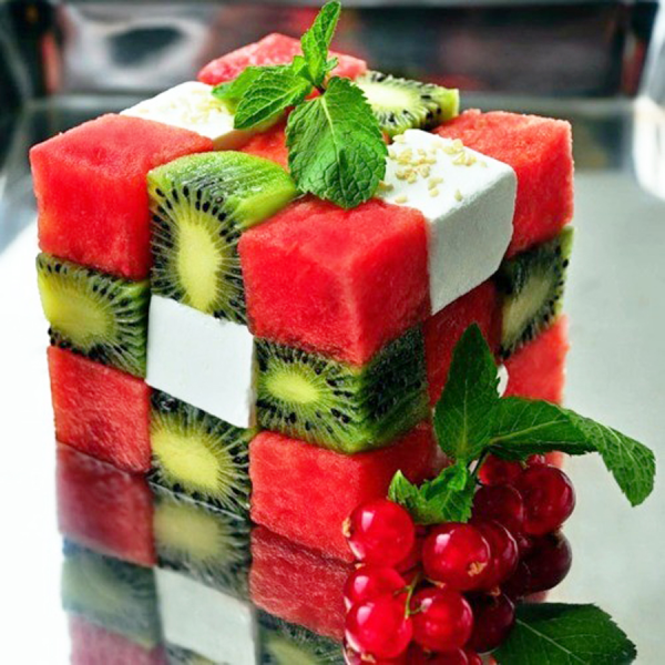 rubiks cube salade fruits 600x600 Une salade de fruits recycle en Rubiks Cube