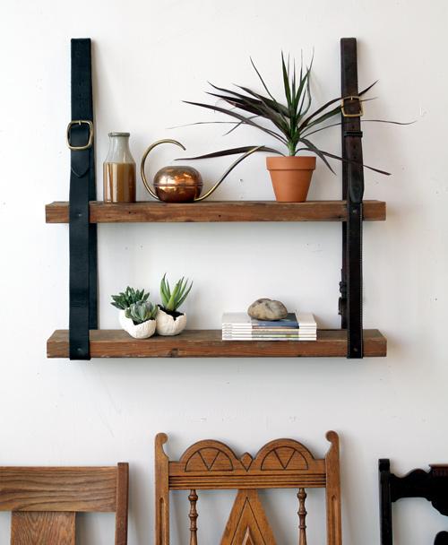 une tag re partir de ceintures en cuir recycl es design recyclers. Black Bedroom Furniture Sets. Home Design Ideas