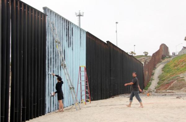 erasing the border - une autre manière de surmonter le mur
