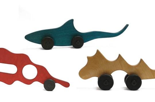 12 jouets pour enfants fabriqus partir de bouteilles
