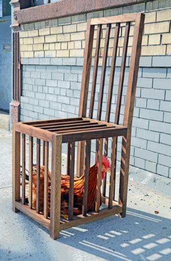 Chicken Chair par Sebastian Errazuriz